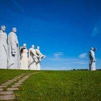 Мемориал 28-ми героям-панфиловцам :: Артём Тараненко