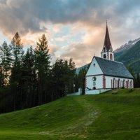 Тирольская церковь :: Максим Шинкаренко