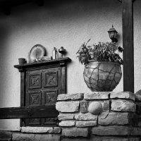 Натюрморт с дверью. :: Андрий Майковский