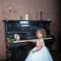 Алиса :: Александра Крюкова(Самойлова)