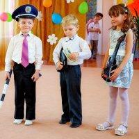 Сцена в детском саду :: Ростислав