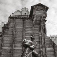 Памятник Ярославу Мудрому. :: Андрий Майковский