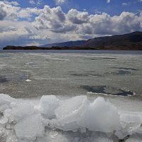 Облака и лед :: Вера Петрова