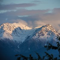 Вершины :: Oleg Sharafutdinov