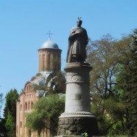 Памятник Богдану Хмельницкому :: Сергей Иванов