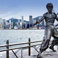 Памятник Брюсу Ли Гонконг :: Евгений Подложнюк