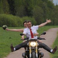 Ах, эта свадьба, свадьба, свадьба пела и плясала..... :: Tatiana Markova