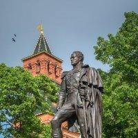 В Александровском саду... :: Валерий Пегушев