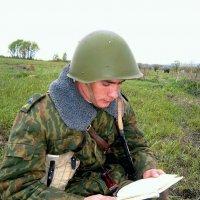 Если Родину защищаешь - значит верные книжки читаешь! :: Виктор Никаноров