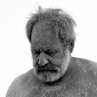 Скульптор за  работой...  мраморная  пыль.......... :: Валерия  Полещикова