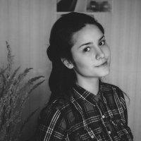 self-portrait :: Анастасия Май