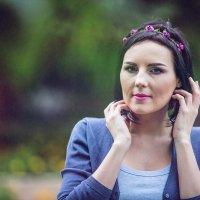 Нютка в парке... :: Alex Lipchansky