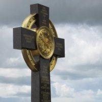Поклонный крест. :: Михаил Попов