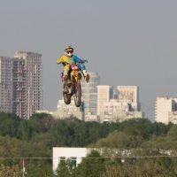 Мотофристайл в городском интерьере 4 :: Андрей Синявин