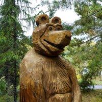 Медведь - друг Машеньки. :: Александр Рейтер