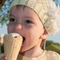 Мороженка :: Дарья Наумова