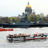 НЕВСКИЕ КОРАБЛИКИ :: Николай Гренков