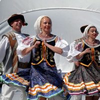 Гуцульский танец Фото №3 :: Владимир Бровко