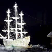 Новогодний парусник. :: Владимир Плотников