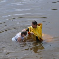 Крещение на р.Великой. Великорецкий крестный ход :: Борис Гуревич