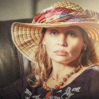 Дама в шляпке :: Василий Игумнов