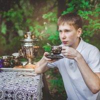 Чай в саду... :: Мария Дергунова