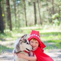 Красная шапочка и няшный волк :: Юлия Fox(Ziryanova)