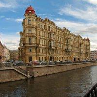 Красивый дом на канале Грибоедова :: максим лыков