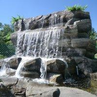 Водопад в парке города Западная Двина... :: Владимир Павлов