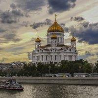 Небо над Храмом.... :: Игорь Егоров