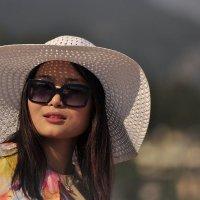Девушка из Пекина. :: ОЛЕГ ПАНКОВ