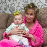Желание внучки закон для бабушки :: Олег .