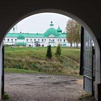 Вид из Троицкого на Преображенский комплекс монастыря :: Елена Павлова (Смолова)