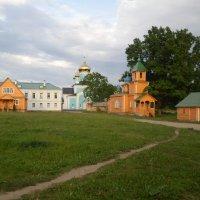 На территории монастыря :: BoxerMak Mak