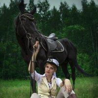 Прогулка с лошадью :: Юлия Астратенко
