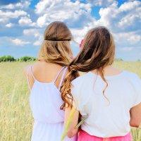 Ты мне как сестра... :: Julia VasilёK