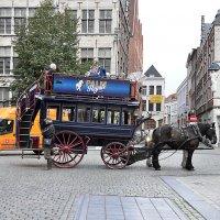 Антверпен.В ожидании туристов :: Евгений Дубинский