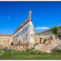 древние стены :: Sergey Bagach