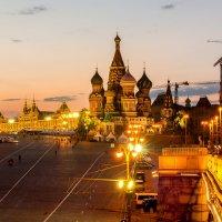 Москва зажигает огни :: Альберт Ханбиков