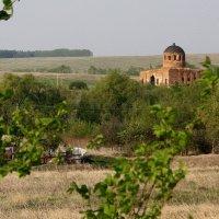 Пейзаж  с  разрушенным Храмом.... :: Валерия  Полещикова