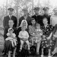 Фамилия, три поколения :: Геннадий Храмцов
