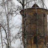 старая водонапорная башня :: Олег Лукьянов