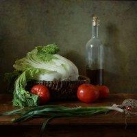 Зеленый лучок и другие овощи :: Татьяна Карачкова