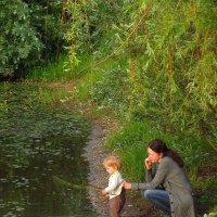 Мальчик и мама :: Андрей Лукьянов