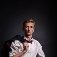 мужской портрет :: Дмитрий