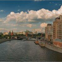 Вид с Патриаршего моста. :: Владимир Елкин