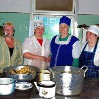 На кухне одного дома отдыха :: Валентин Кузьмин