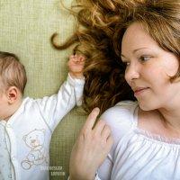 Мать с ребенком :: Вячеслав Лопатин