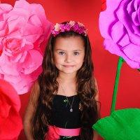 Girl with flowers :: Ольга Круковская