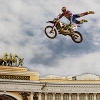 шоу на Дворцовой.... :: Владимир Матва